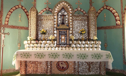 Cape Leveque Tour - Pearl Shell Altar